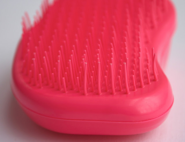 The Original Tangle Teezer hair brush in bubblegum pink