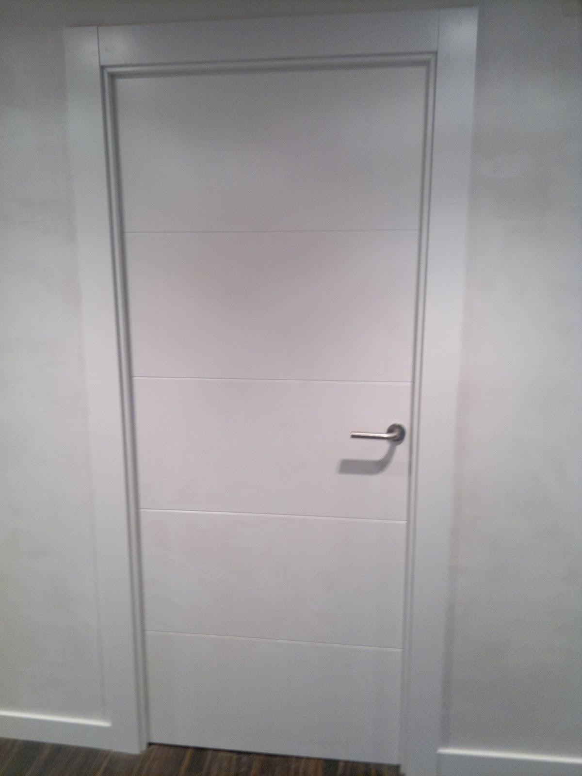 Ebanisteria carpinteria manuel perez zaragoza puertas - Puertas lacadas en blanco ...