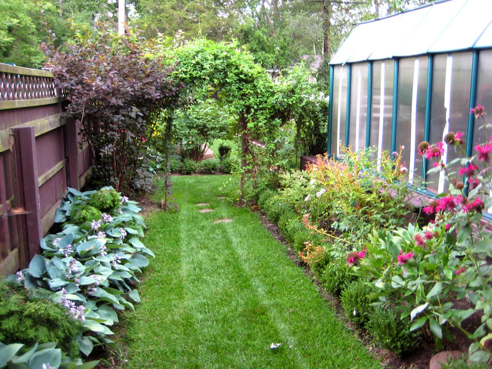taman kecil samping rumah buat anda lebih rileks