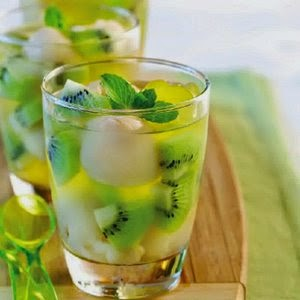 Cara Membuat Minuman Segar Es Lemon Kiwi
