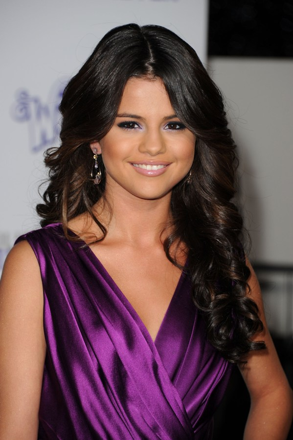 Selena Gomez Stuns in a Purple
