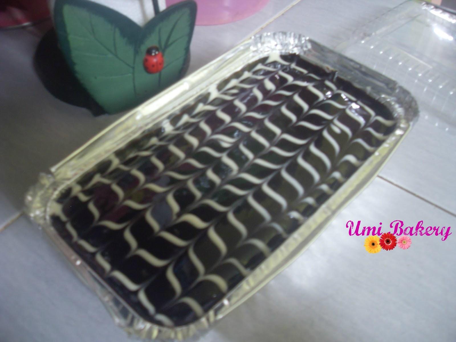 Caramel Glaze Or Carot Cake