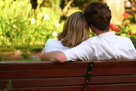 10 Hal Yang Bisa Membuat Hubungan Asmara Bertahan Lama [ www.BlogApaAja.com ]
