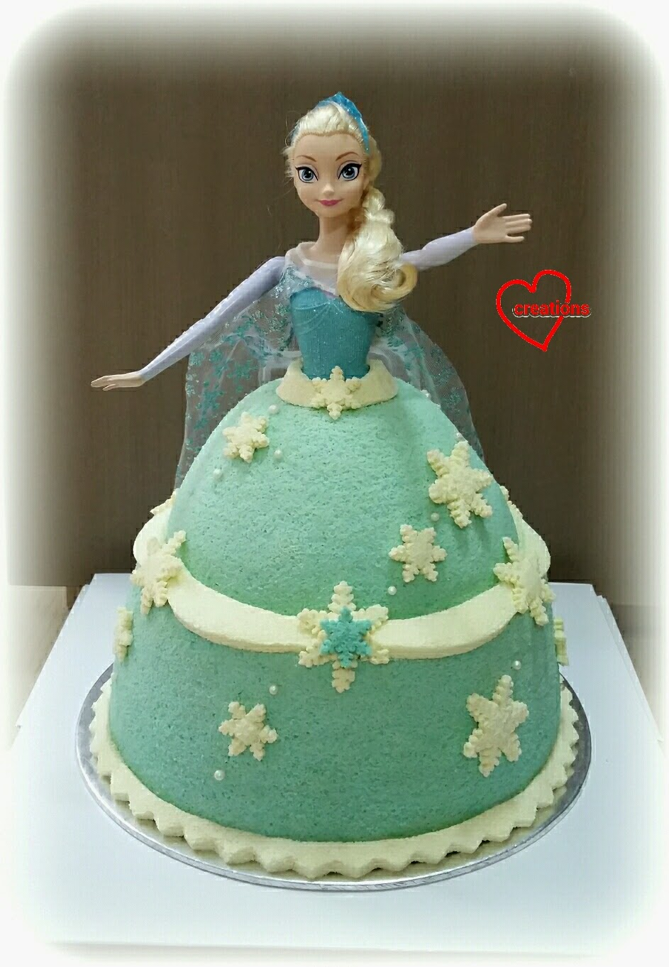 Cake Elsa Frozen Fever : Loving Creations for You: Elsa Doll Chiffon Cake