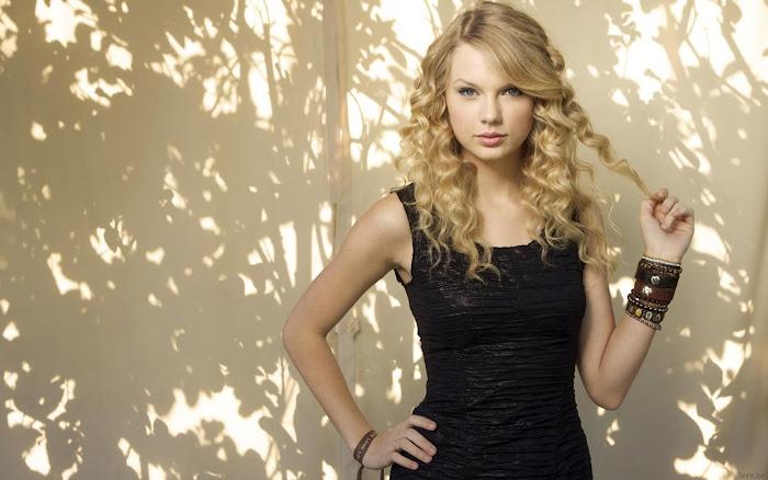 Taylor Swift HD Wallpaper -09