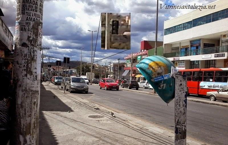 Leitor denuncia sinaleiro desligado na Avenida Bras�lia em frente ao Supermercados Karaj�s