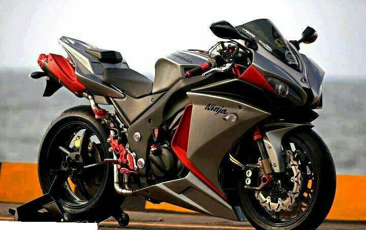 Car & Bike Fanatics: Yamaha R1
