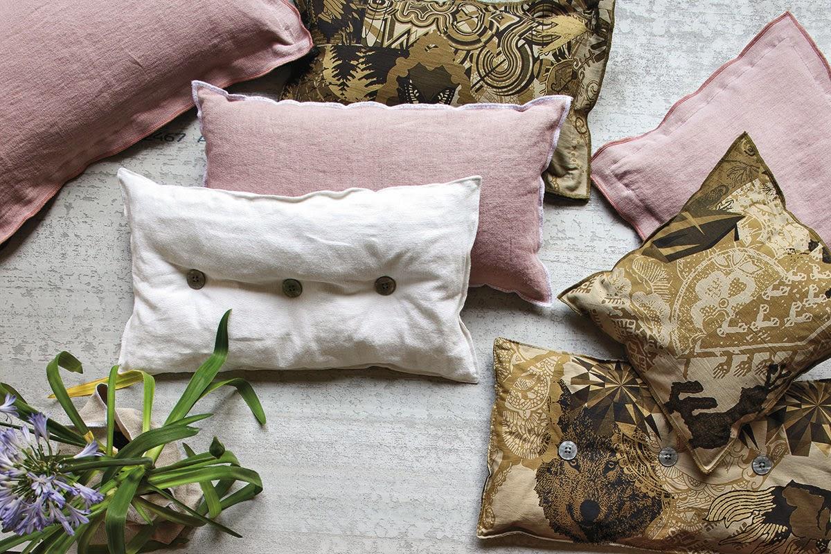Cambiare i cuscini per rinnovare il living