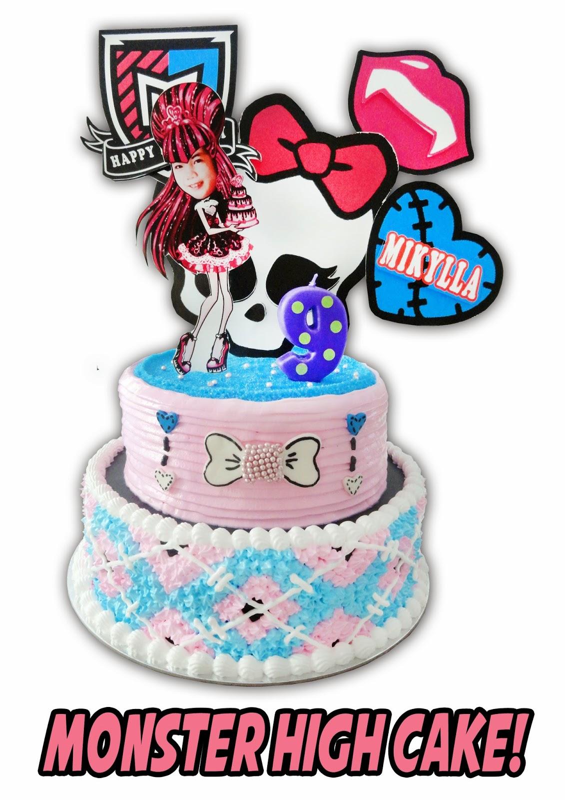 Popcakes Monster High Cake