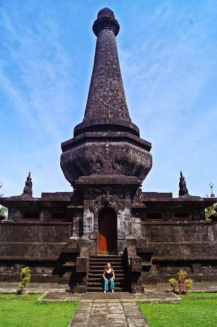 Monumento en Klungkung