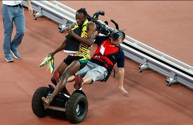 Cameraman hit Usain Bolt