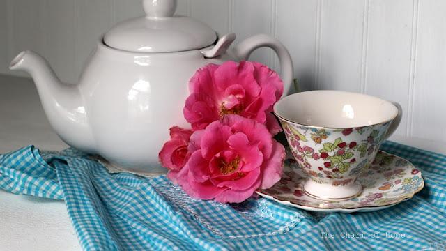 Blackberry Season Tea: The Charm of Home