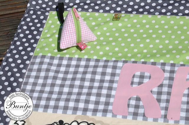 Babydecke Kuscheldecke Krabbeldecke Decke Baby Baumwolle Fleece Einschlagdecke handmade Buntje grau grün Schafe rosa Webband Farbenmix Name