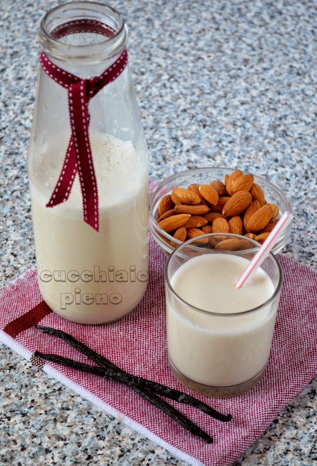 ricetta di latte di mandorla