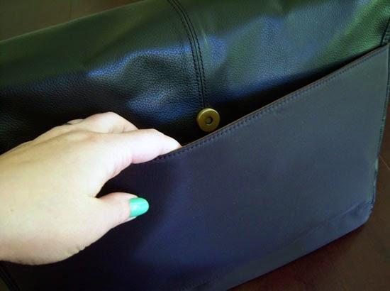 """Jill-e Designs Sasha 15"""" Laptop Bag back pocket"""
