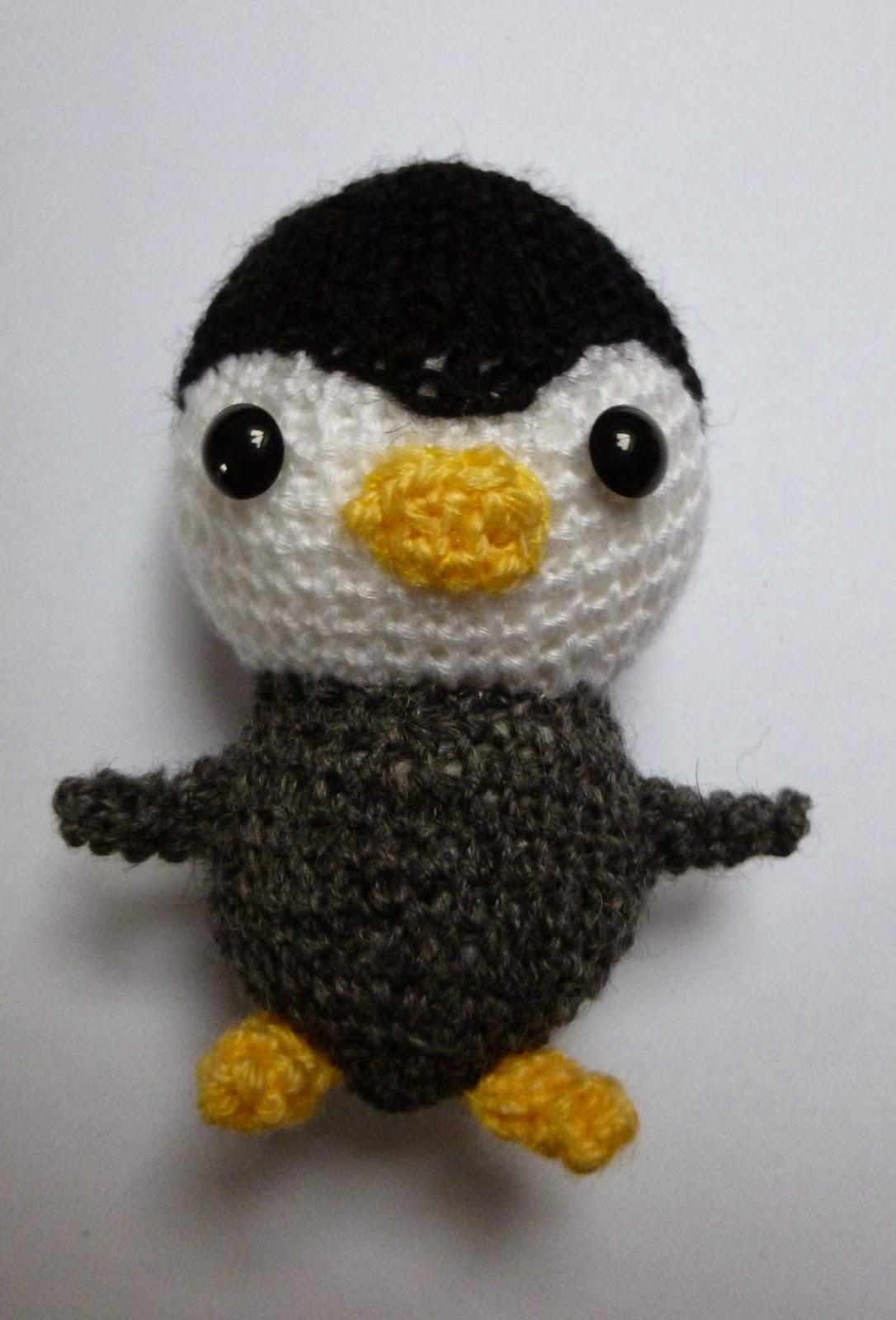 Amigurumi Crochet Penguin Pattern : Amigurumi Penguin