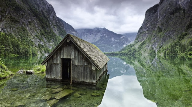 FISHING HUT, GERMANY