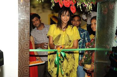 Vajra Showroom Opening By Manchu Lakshmi Stills Pics Photo Gallery film pics