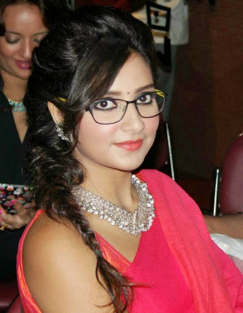 Subhasree Ganguly Indian Actress very hot and very sexy pictures Wallpapers Fee Download