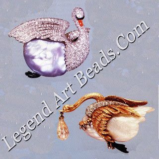 Platinum, diamond, cultured baroque pearl, and enamel swan brooch, 1955. On the right, Verdura's design for a large baroque pearl and diamond swan brooch, with Indian briolette diamond drop, made for Babe Paley in 1948.