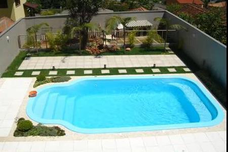 A casinha da renatinha or amento de piscina for Modelos de bares para piscinas