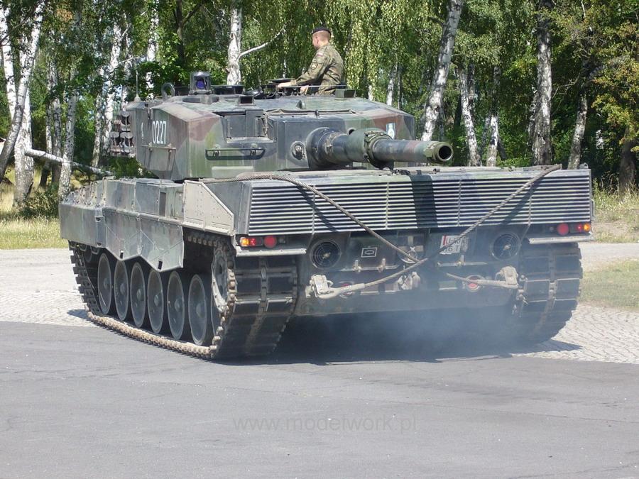 Les Forces Armées Polonaises/Polish Armed Forces - Page 2 Leopard+2+A4