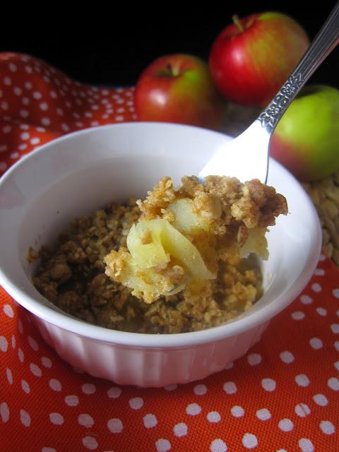 5 Minute Apple Crisp for One