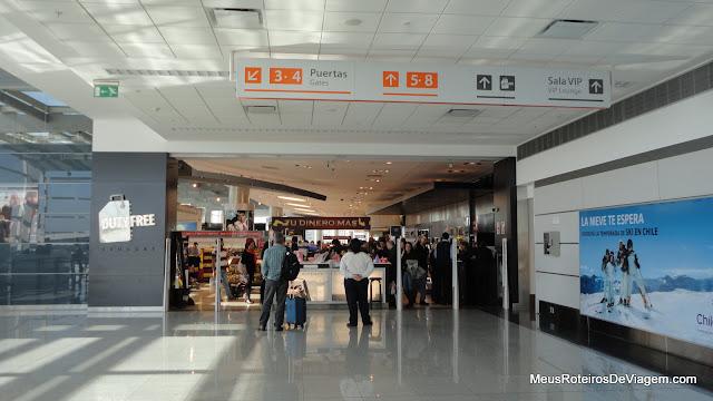 Duty Free da saída - Aeroporto de Montevidéu, Uruguai