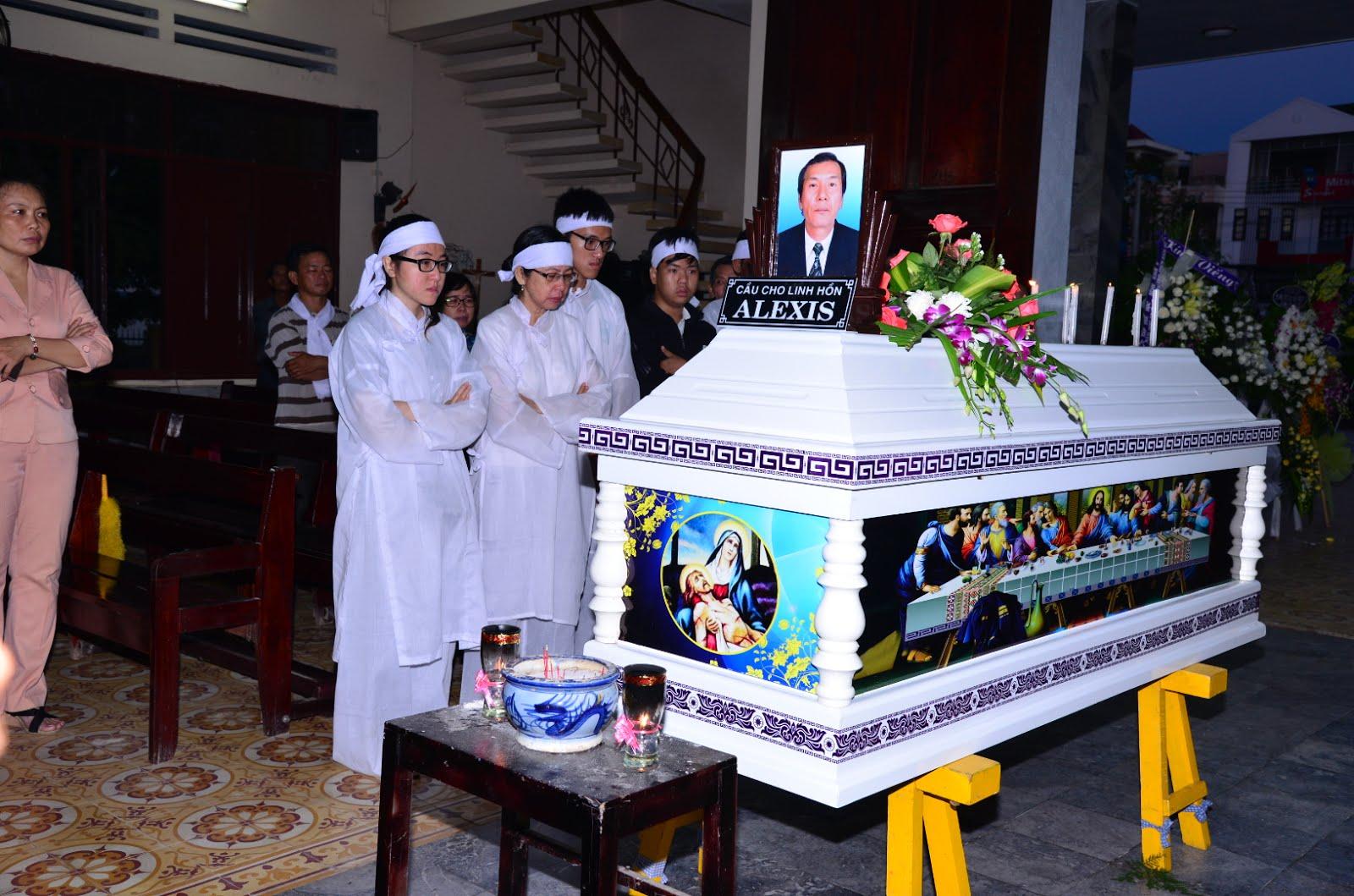 ĐÁM TANG THẦY KHÂM PCT/HĐMVGX. CHINH TÒA