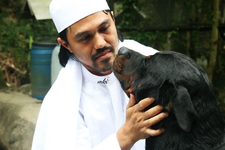 Hukum orang islam bela anjing menurut pandangan ustaz terkenal