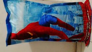 Gambar Sarung Bantal Cinta Motif Spiderman Kain Katun Jepang