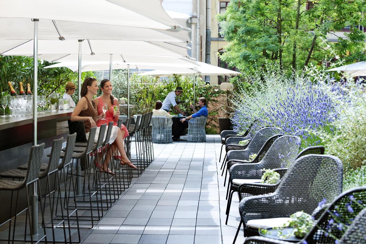 Mi selecci n de terrazas de hotel en barcelona s nia for Bar jardin barcelona
