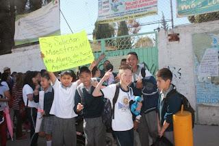 El mexiquense hoy sin ocho maestros opera sus clases for Jardin 7 hermanos ecatepec