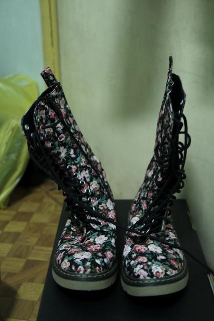 floral boots vintage
