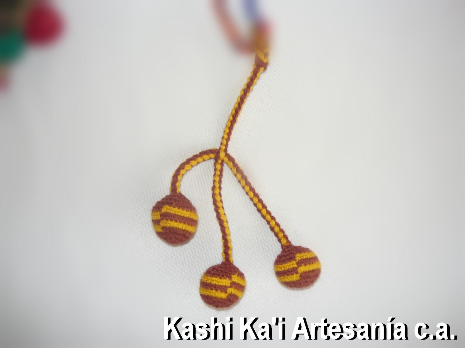 Bisuteria. LLAVEROS En tejidos indígenas Wayuu