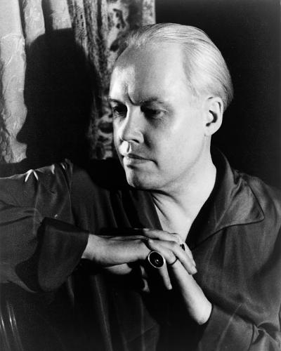 1880 Carl Van Vechten, gay US writer and photographer of famous gays and ...
