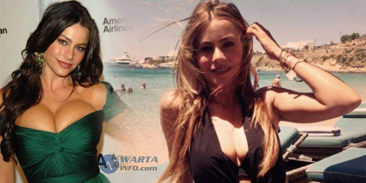 foto Hot seksi payudara menyembul Sofia Vergara selebriti hollywood yang doyan vulgar di instagram