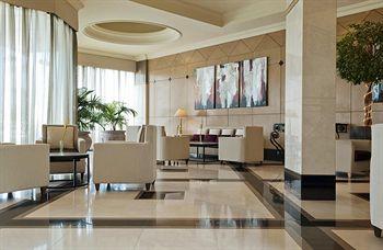 صور فندق لو مريديان فيرواي في دبي