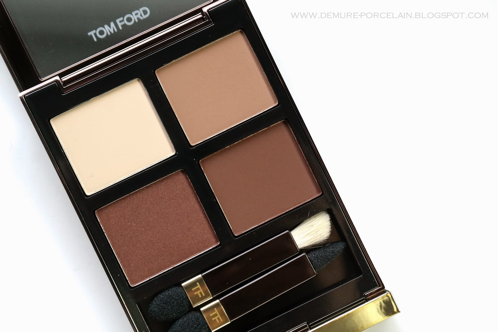 demure porcelain review swatches tom ford 39 cocoa. Black Bedroom Furniture Sets. Home Design Ideas