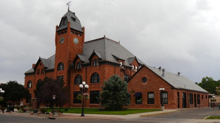 Pueblo depot