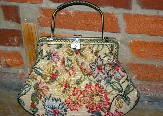 Giveaway II:  Vintage Beaded Handbag [Closed]