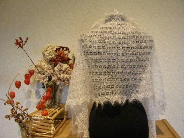 NIEUW!!!!  kortere bruidssjaals 65 x 160cm ongeveer