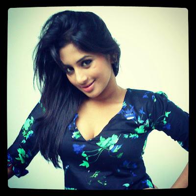 Srilankan Young talented Actress  Sheshadri Priyasad