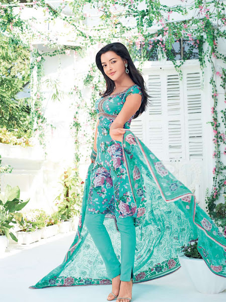 ... trends girls: Gul Ahmed 2012-2012 Collection   Stylish Frocks in Lawn