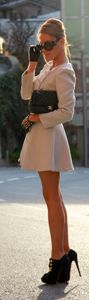 Attractive Dress Coat with Black Chanel Chance Bag, Gloves, Glasses and High Heel Boots, Stret Style
