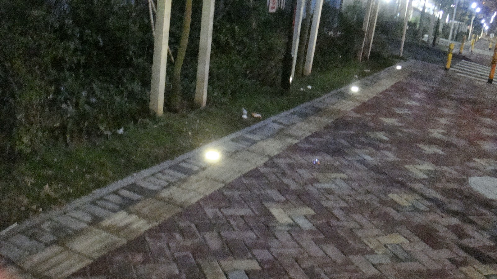 Faretto 12w 12 led incasso pavimento faro giardino bianco for Faretti per esterno