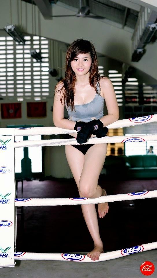 Khi phái đẹp đấu boxing 3