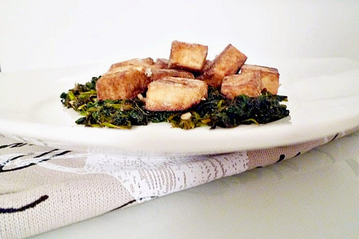 Gebackener Tofu mit Blattspinat