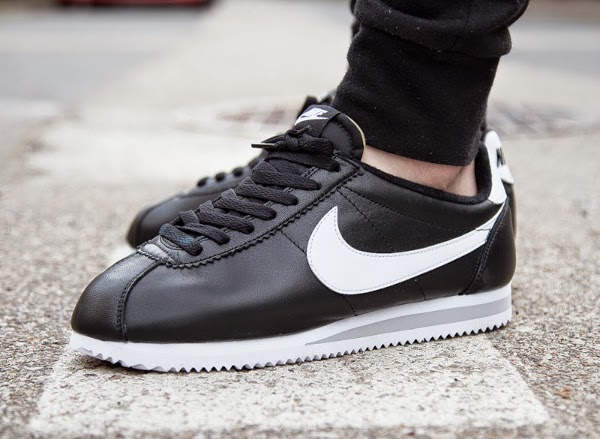 Nike Cortez Leder Schwarz