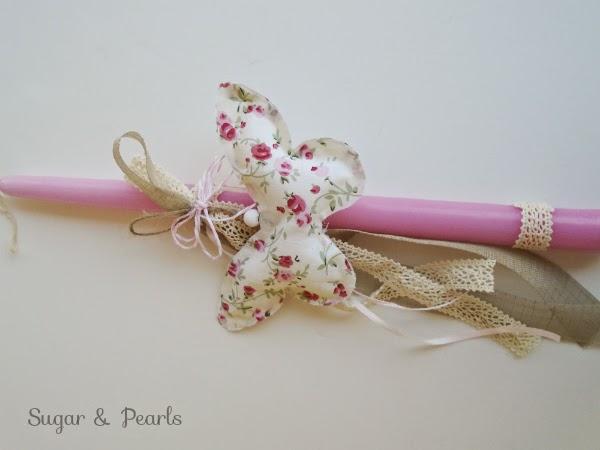 Πασχαλινή λαμπάδα με πεταλούδα-floral μαξιλαράκι